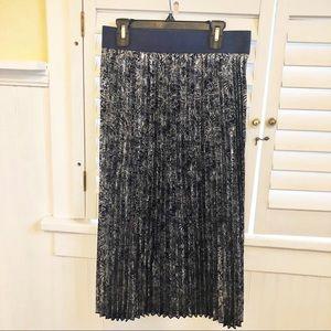 LuLaRoe Navy & Silver Jill Pleated Midi Skirt XL
